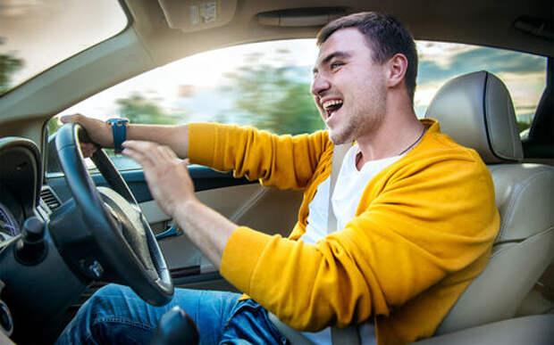 За опасное вождение хотят штрафовать на 5 тысяч рублей