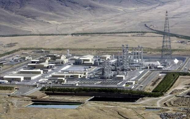Израиль атаковал ядерный центр в Иране