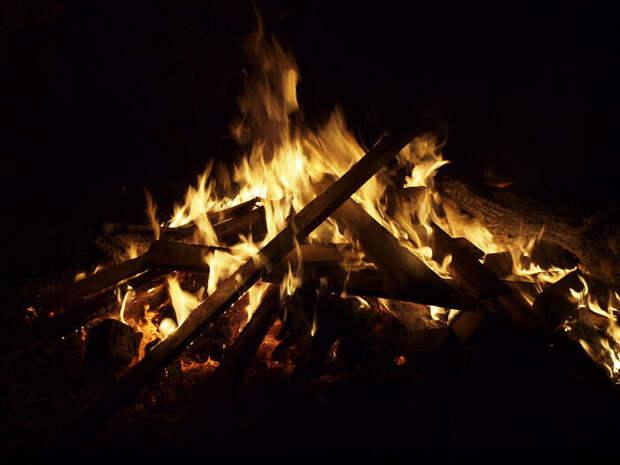Главное - не сгореть в этом пламени.