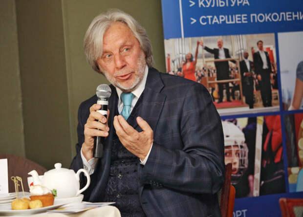 Сбежавший из России артист Владимир Назаров просит украинский паспорт