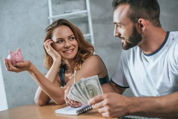 Должен мужчина содержать женщину или нет: мнение психолога