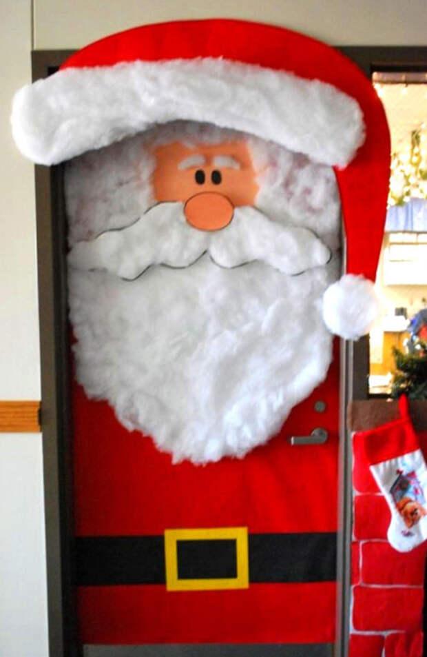 Дед Мороз на двери