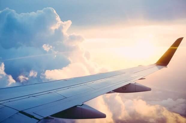 С 25 мая РФ возобновляет авиаперелёты в пять стран