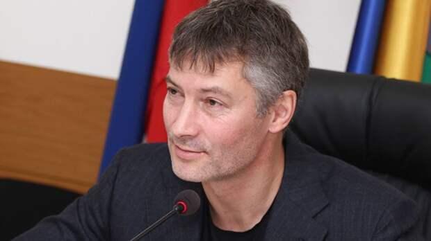 Мэр Екатеринбурга Ройзман отказался считать тех, кто воюет в Сирии, защитниками Родины