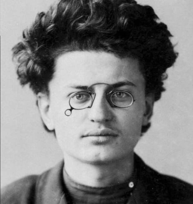 Лейба Давидович Бройнштейн
