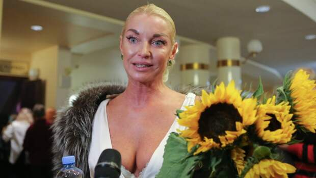 Балерина Анастасия Волочкова сравнила Большой театр с борделем