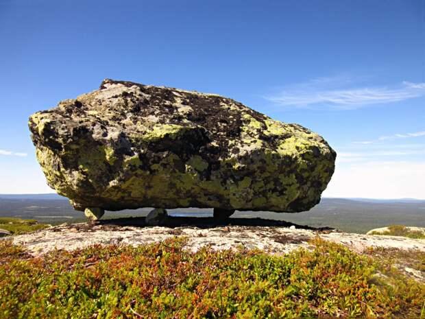 Самый большой в Карелии сейд. Гора Нуорунен.