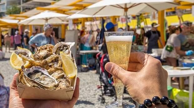 Арт-пикник проведут на Массандровском пляже в Ялте