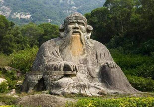 webStatue-of-Lao-Tzu-in-Qua
