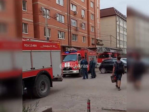В Музыкальном микрорайоне Краснодара сгорела квартира ВИДЕО