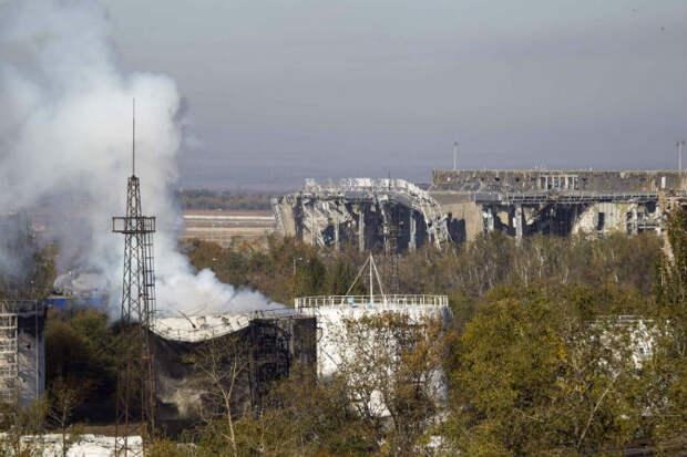 Три ответа на один наивный вопрос: «Почему ополченцы не могут взять Донецкий аэропорт?»