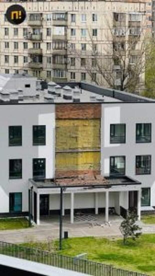 Часть фасада осыпалась в детском садике на Красноказарменной