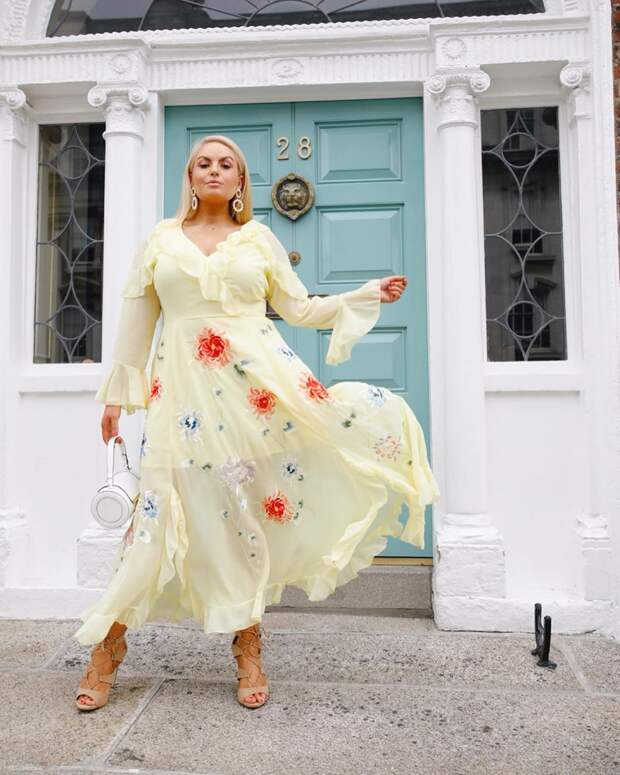 Фасоны платьев для полных: 30+ самых красивых примеров для любого случая