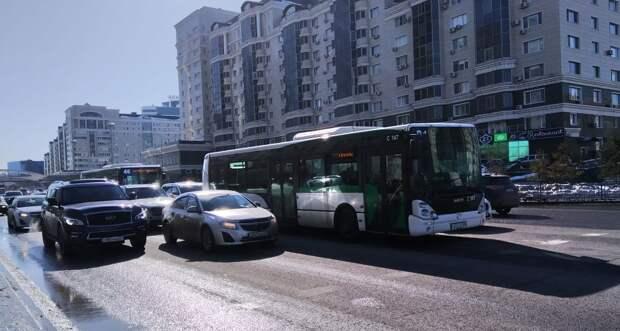 Еще на 15 участках улиц Нур-Султана планируют внедрить выделенные автобусные полосы