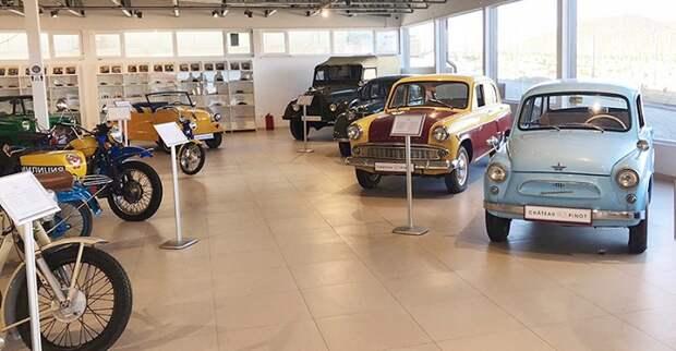 В Новороссийске начал работать музей ретро-автомобилей