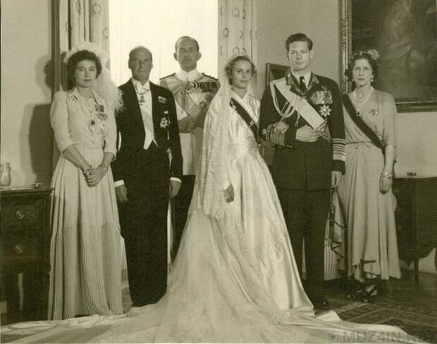 свадьба короля Михая I с Анной  Бурбон-Пармской