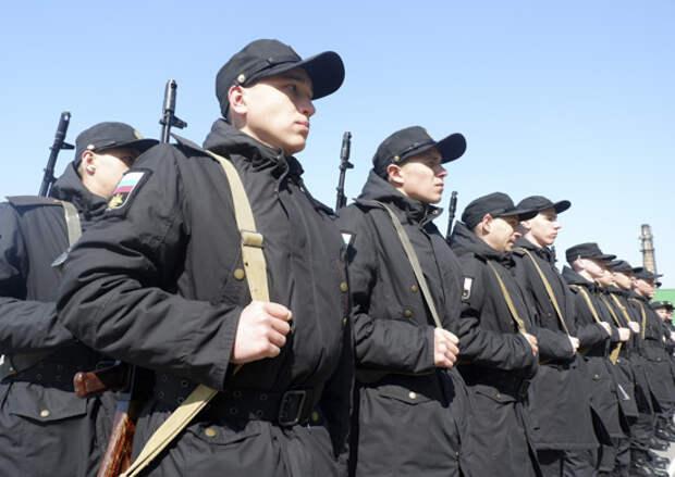 В воинских частях армейского корпуса Черноморского флота начались первые занятия с молодым пополнением