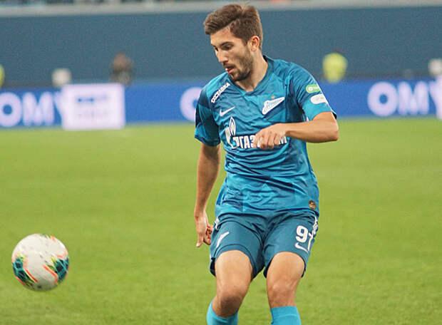 Сутормин стал лучшим игроком матча против «Динамо». Поразительно, но он бесперебойно отдает голевые пасы, играя правым защитником. Вот его комментарий
