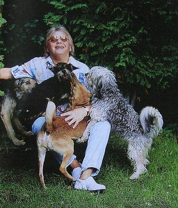 Юрий Антонов и его животные