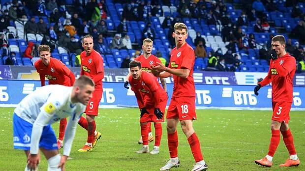 «Тамбов» отстранил подозреваемых в игре на ставках футболистов Германа и Еркина от тренировок