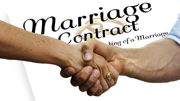 Юрист Шакина объяснила преимущества заключения брачного договора