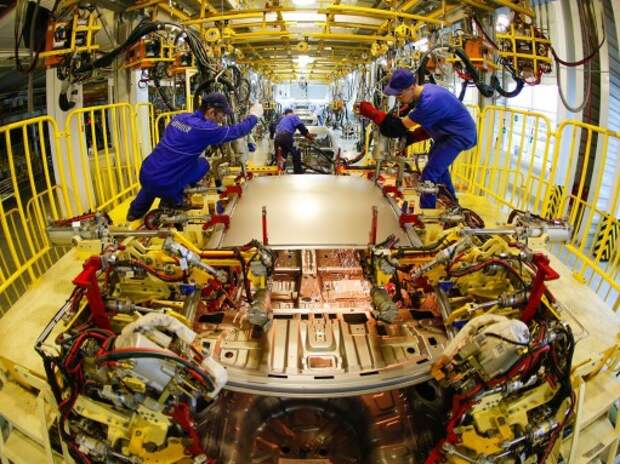 Производство легковых автомобилей в РФ сократилось в 2014 г. на 10%