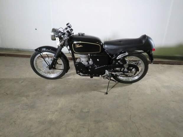 1960 Velocette Venom 500 Motorcycle Вот это ДА, винтажные авто, гоночные автомобили, интересно, коллекция авто, коллекция автомобилей, мотоциклы, раритетные автомобили