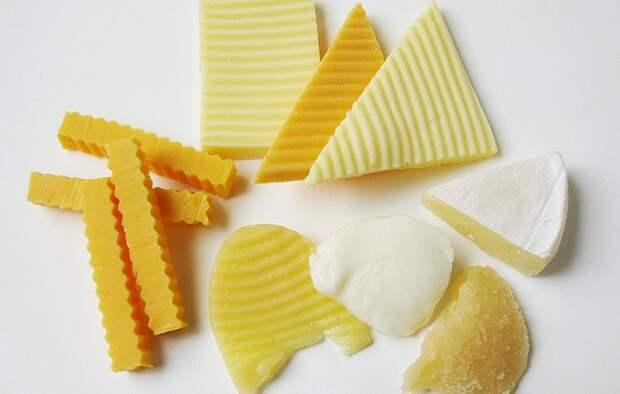 Диетолог объяснила, при каких заболеваниях опасно есть сыр
