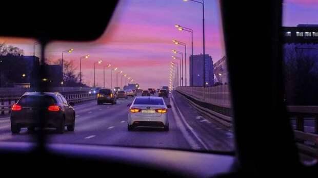 Каждый четвертый российский автомобилист покупает машину в кредит