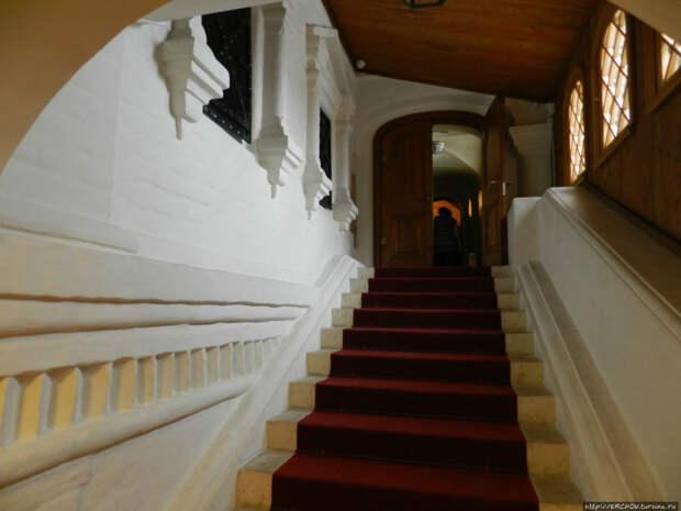 Палаты бояр Романовых, Москва