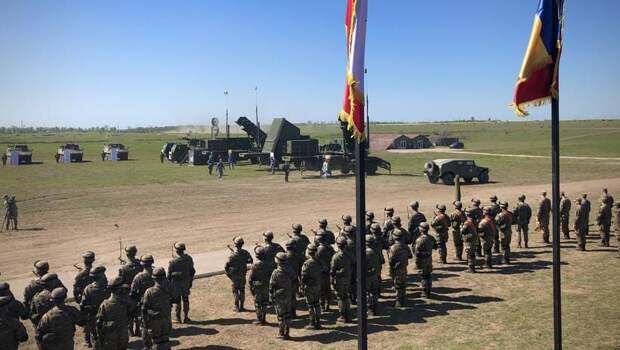 Президенты Румынии и Польши посетили совместные военные учения
