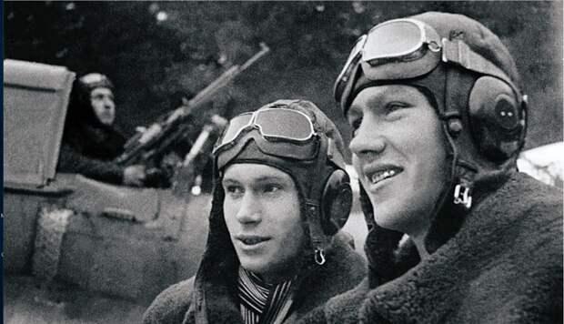 Душераздирающие фотографии военных лет.