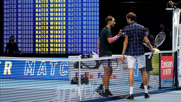 Надаль назвал Медведева одним из лучших теннисистов мира