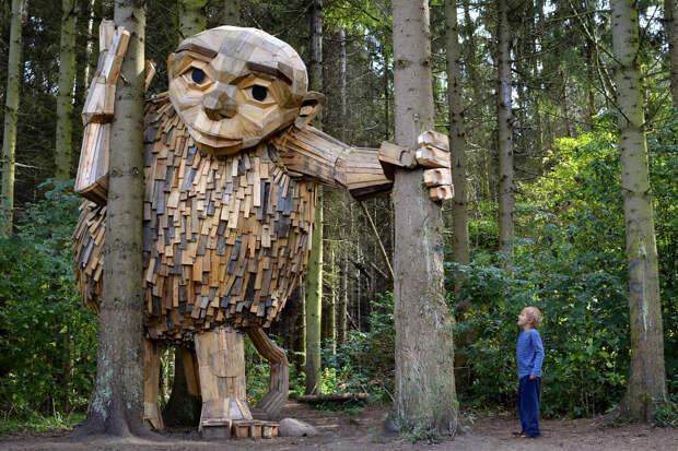 Художник нарисовал карту сокровищ и спрятал дружелюбных великанов в лесах Коп...