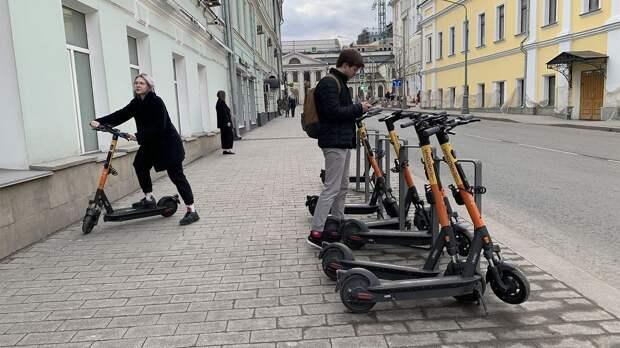 В России хотят ввести правила для электросамокатов. Зачем они нужны?