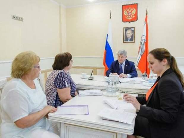 Губернатор Гусев возобновляет очный прием воронежцев