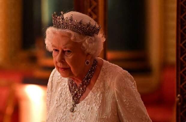 Чем разочаровали британские политики Елизавету II