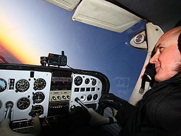В Авиаторе уже научили летать 300 человек
