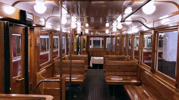 Ретро-трамвай специально для туристов