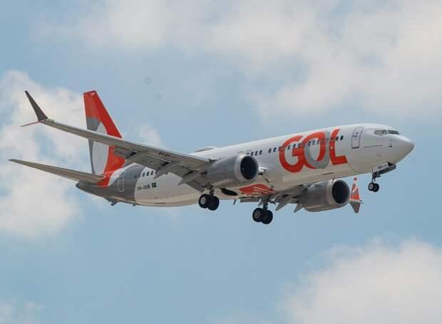 Boeing 737-8 MAX совершил первый полет с пассажирами