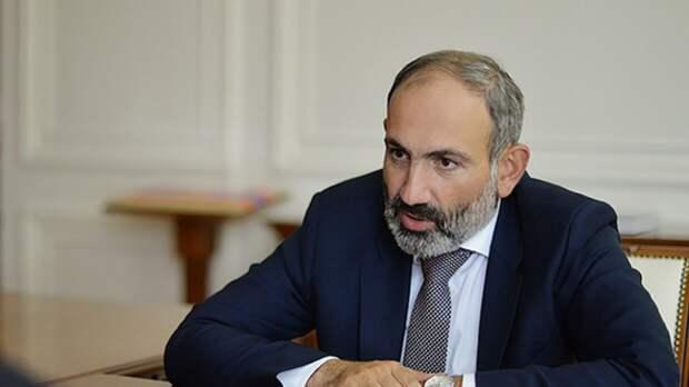 Пашинян заявил, что написал письмо Путину с просьбой о военной помощи