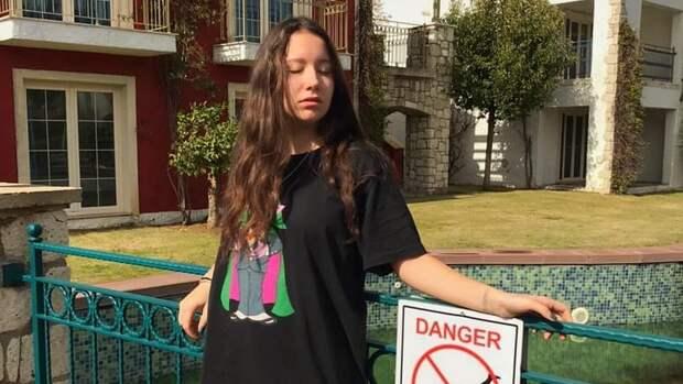 Теннисистка Малых— обобвинениях дочери Марьенко: «Янехамила, амолчала. Аони смотрели, как меня бьют»