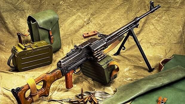 ERR: Пограничники Латвии меняют советское оружие на натовское