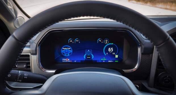 Автономные системы 2-го уровня от Ford, GM и Tesla сравнили эксперты