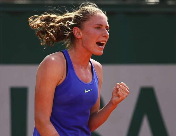 Александрова разгромила вторую ракетку мира Халеп в четвертьфинале турнира в Мельбурне