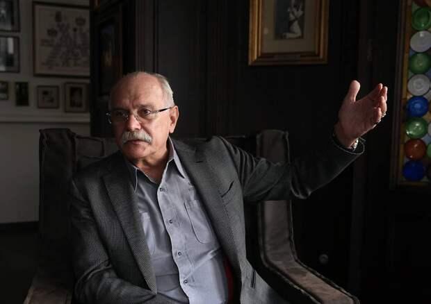 Михалков обвинил Грефа во лжи