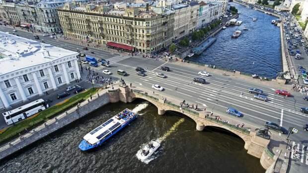 Туристическую кампанию Петербурга и Москвы могут продлить на зимний сезон