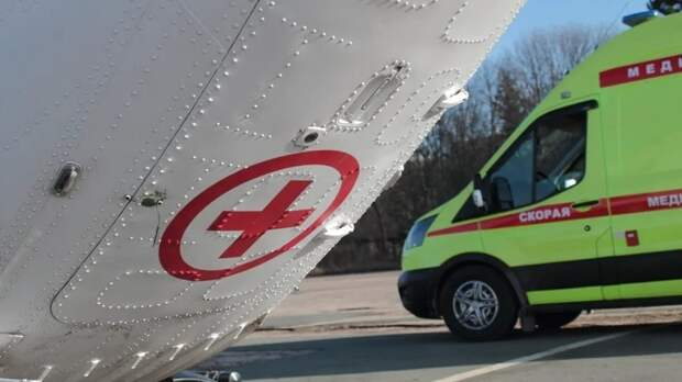 Пострадавших в перевернувшемся автомобиле детей госпитализировали в Уфу на вертолете