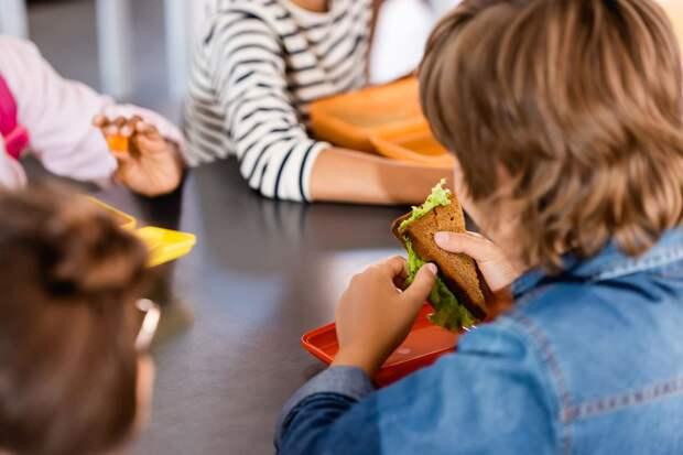 Горький хлеб детей обеспеченных родителей