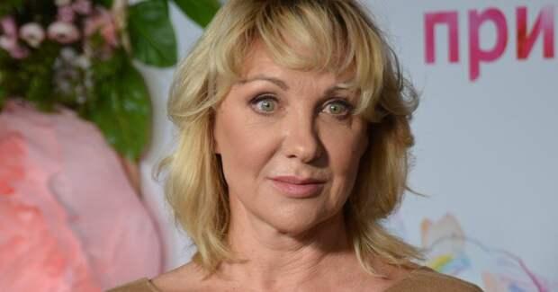 Елена Яковлева отмечает 60-летний юбилей